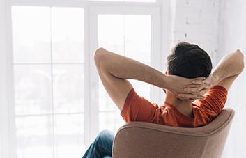 5 exercícios para relaxar a mente e diminuir o estresse